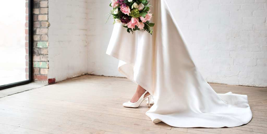 06Customize-with-them-Wedding-Shoes