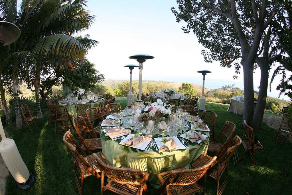 tropical-rehearsal-dinner