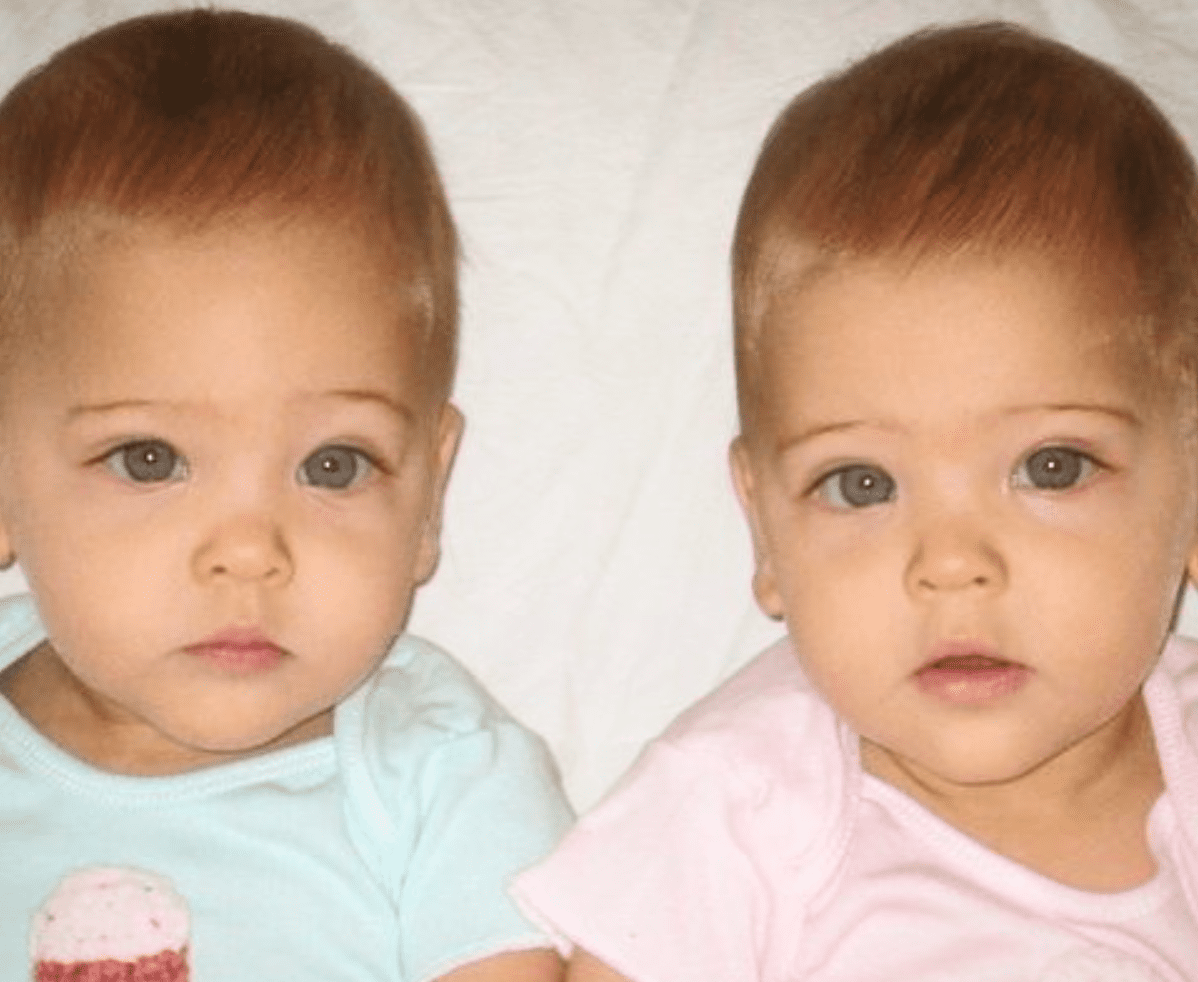 Mother Helps Her Beautiful Twins Pursue Modeling Career