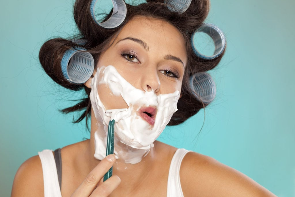 The Trend of Female Face Shaving Is Becoming More Widespread